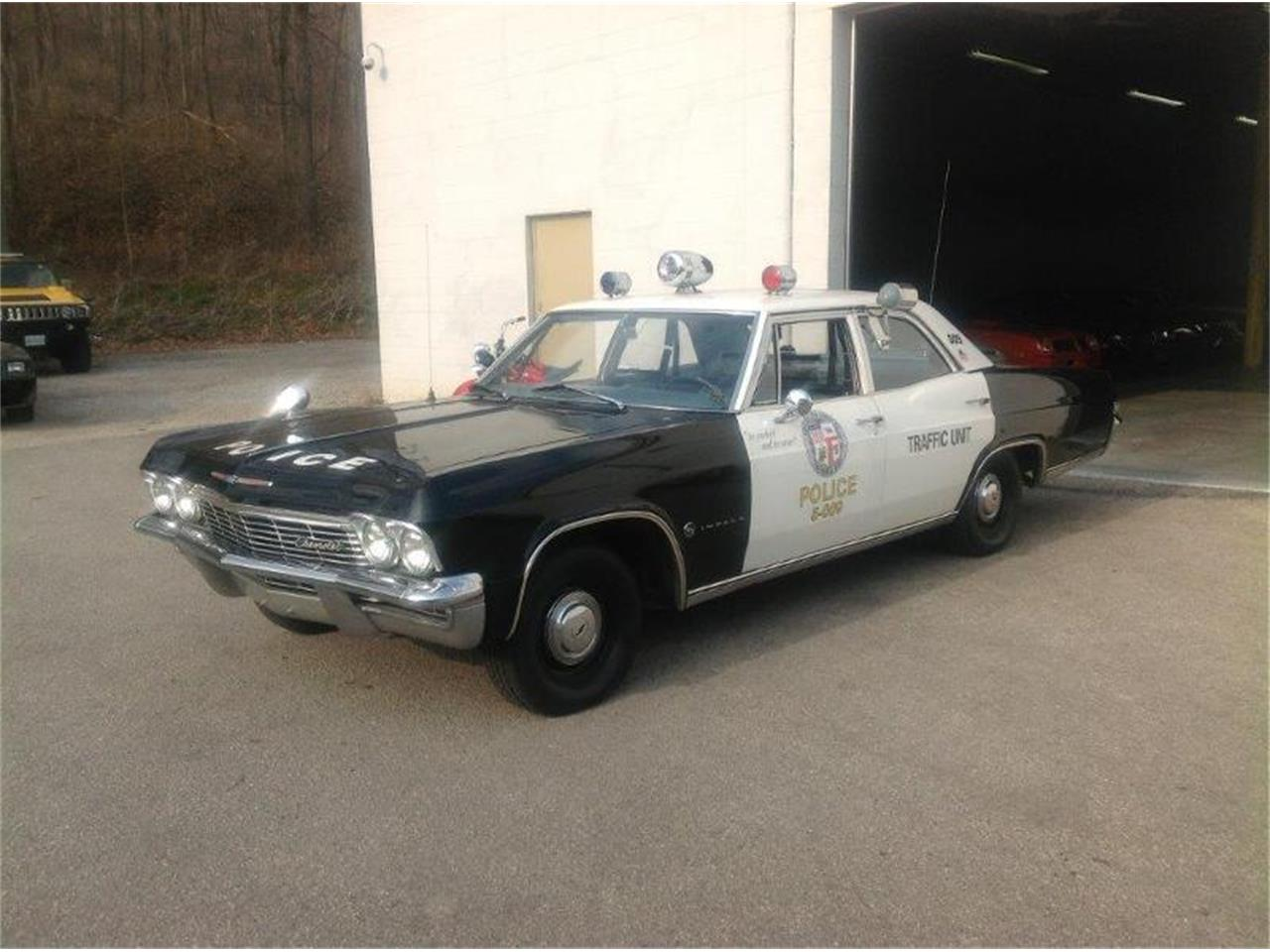 Large Picture of Classic 1965 Chevrolet Impala located in Ontario - IVW8