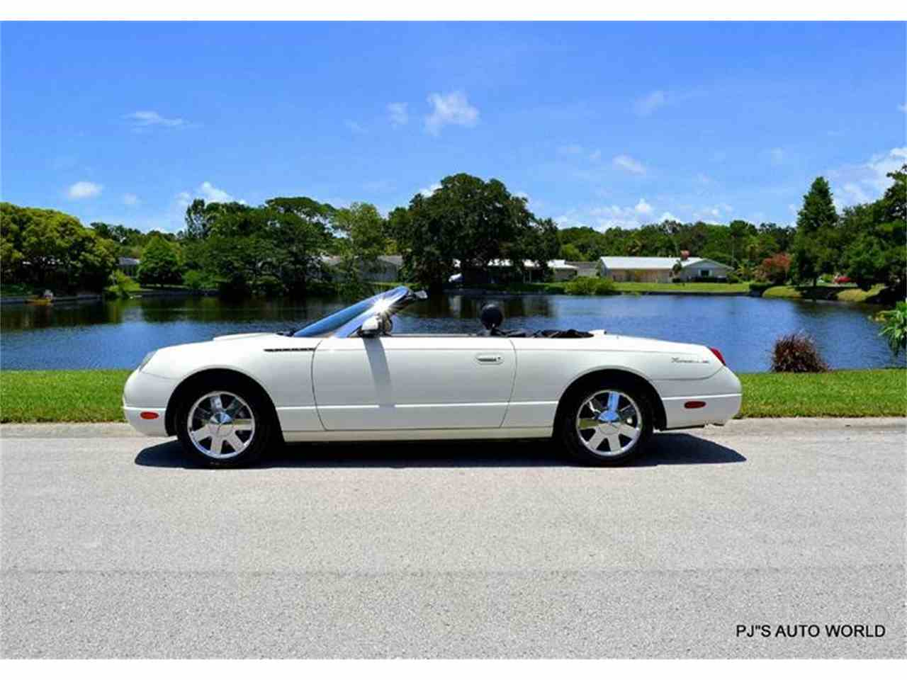 Large Picture of '02 Ford Thunderbird - $16,900.00 - IW29