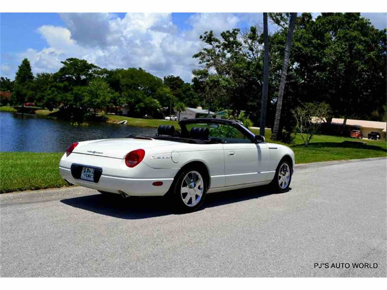 Large Picture of '02 Ford Thunderbird located in Clearwater Florida - $16,900.00 - IW29