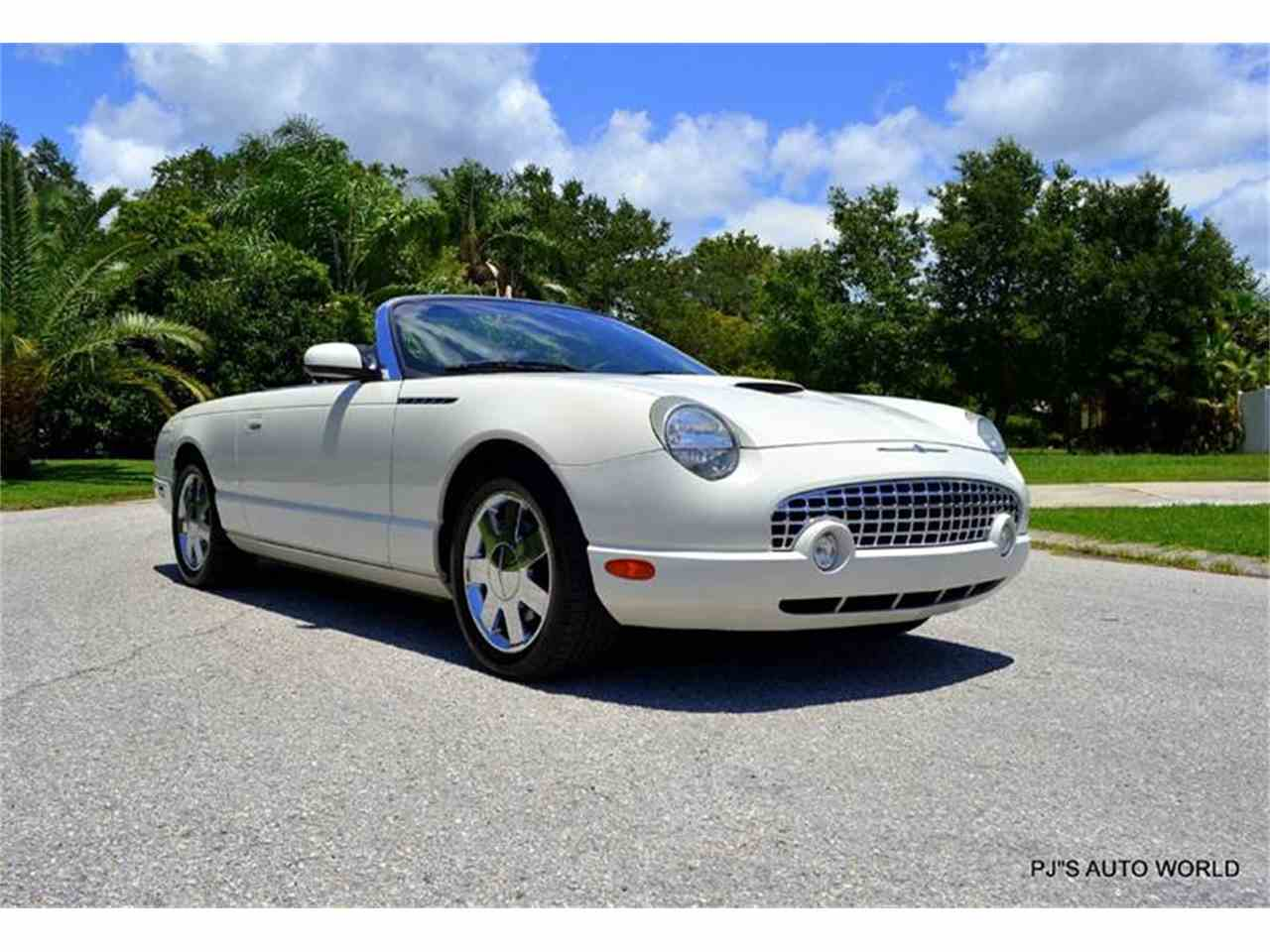 Large Picture of 2002 Ford Thunderbird located in Clearwater Florida - IW29