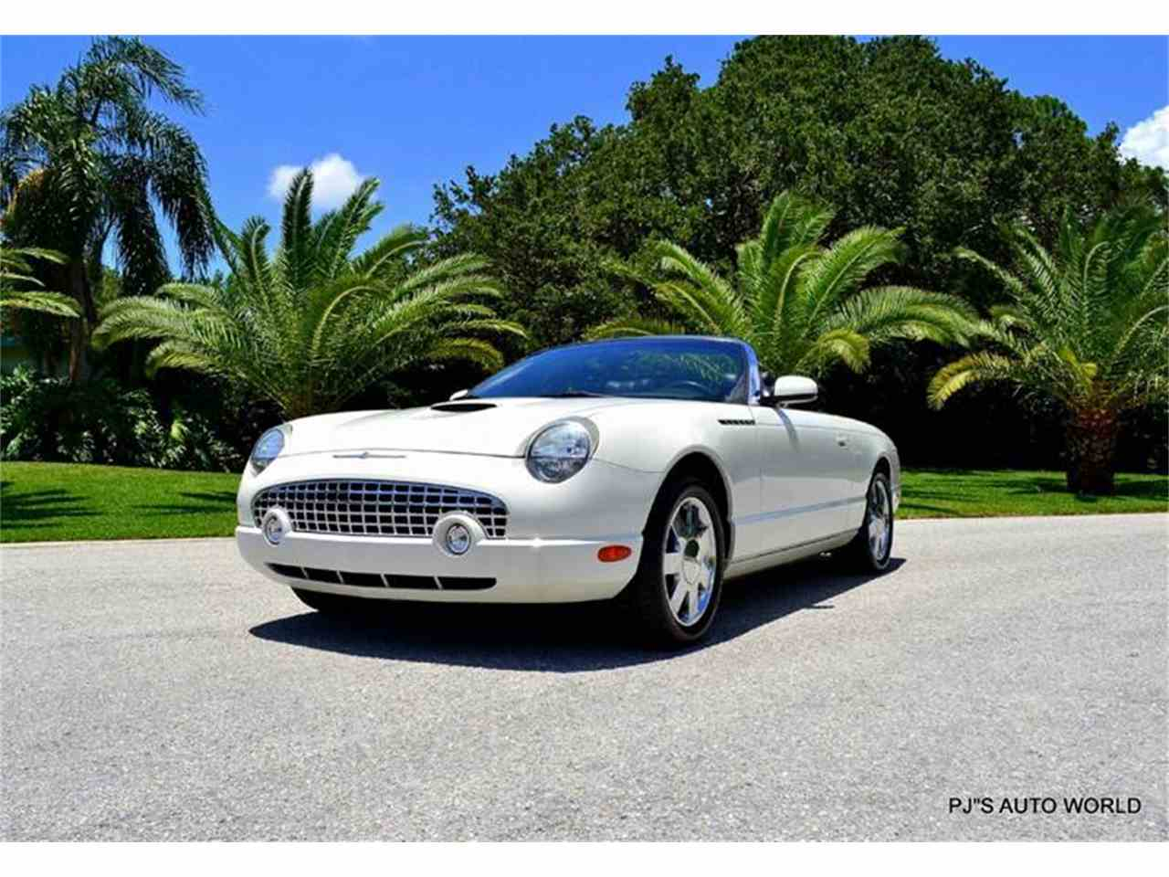 Large Picture of 2002 Thunderbird - $16,900.00 - IW29