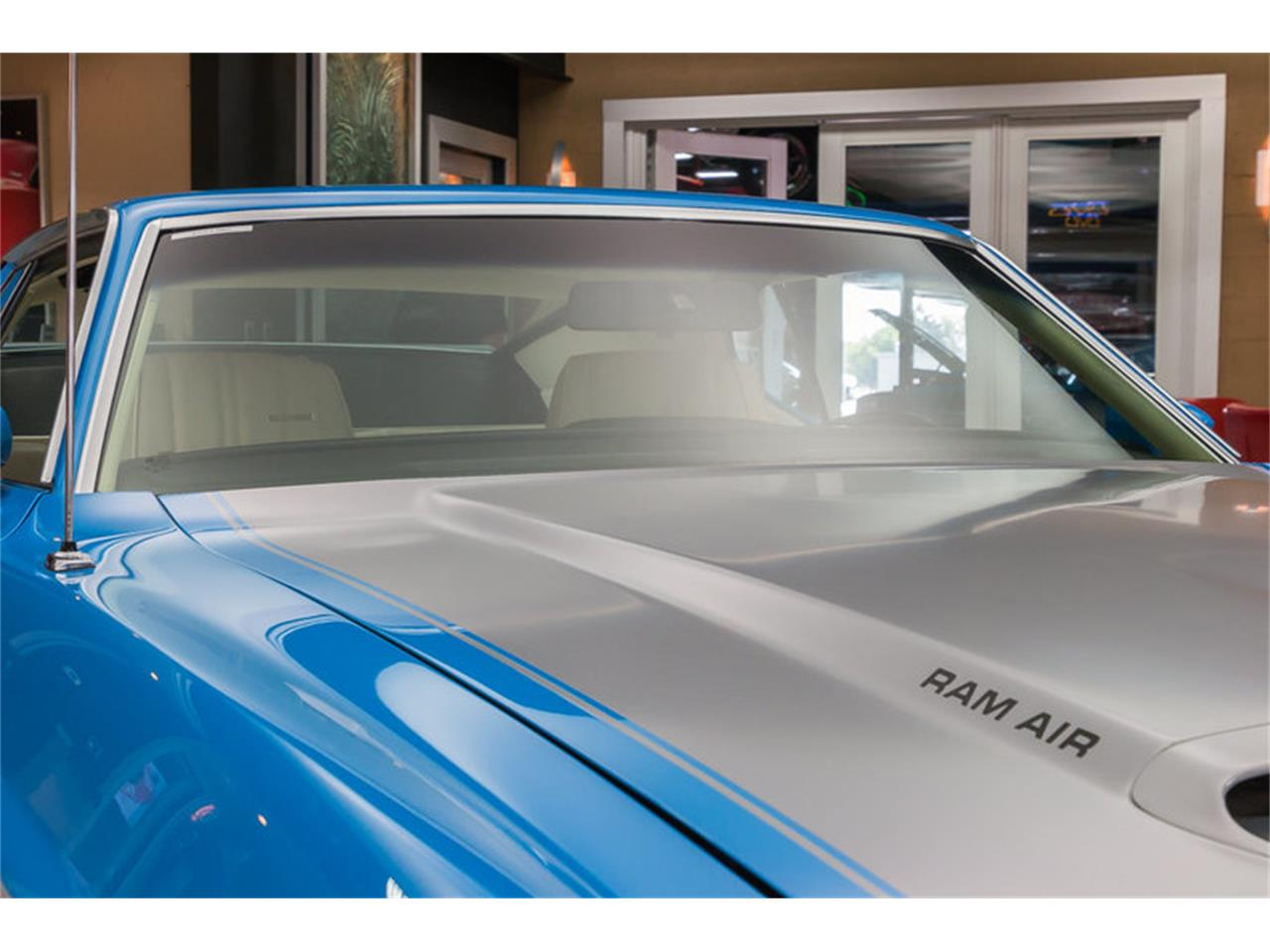 Large Picture of '71 Ford Mustang located in Michigan - $79,900.00 - IW4B