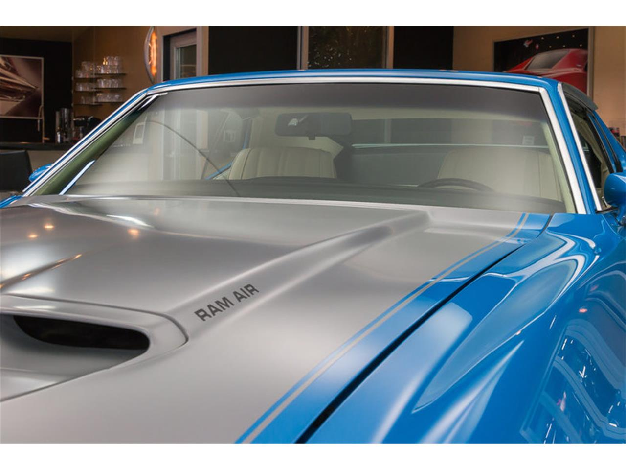 Large Picture of Classic '71 Mustang Offered by Vanguard Motor Sales - IW4B