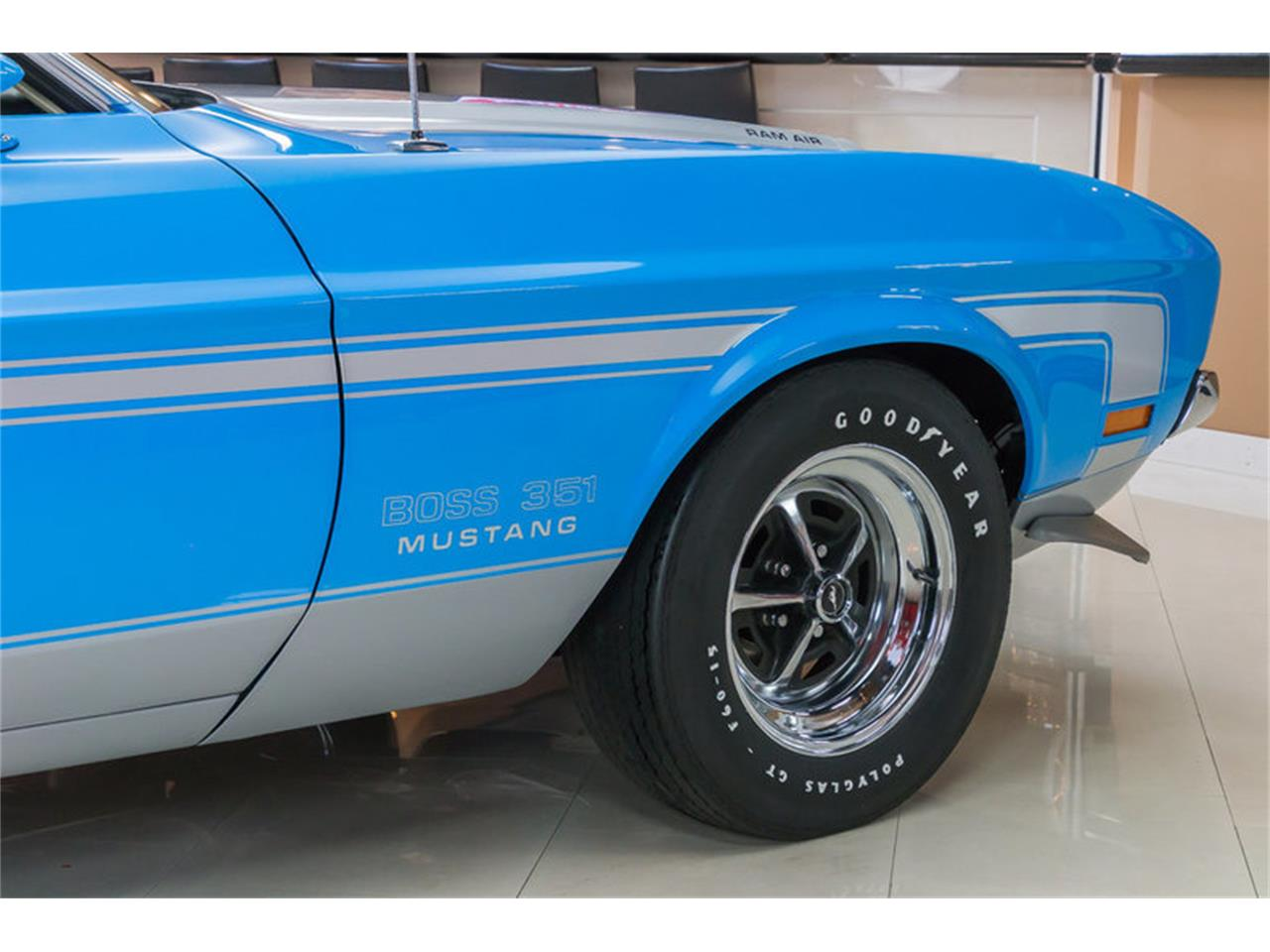 Large Picture of 1971 Ford Mustang located in Michigan - $79,900.00 Offered by Vanguard Motor Sales - IW4B