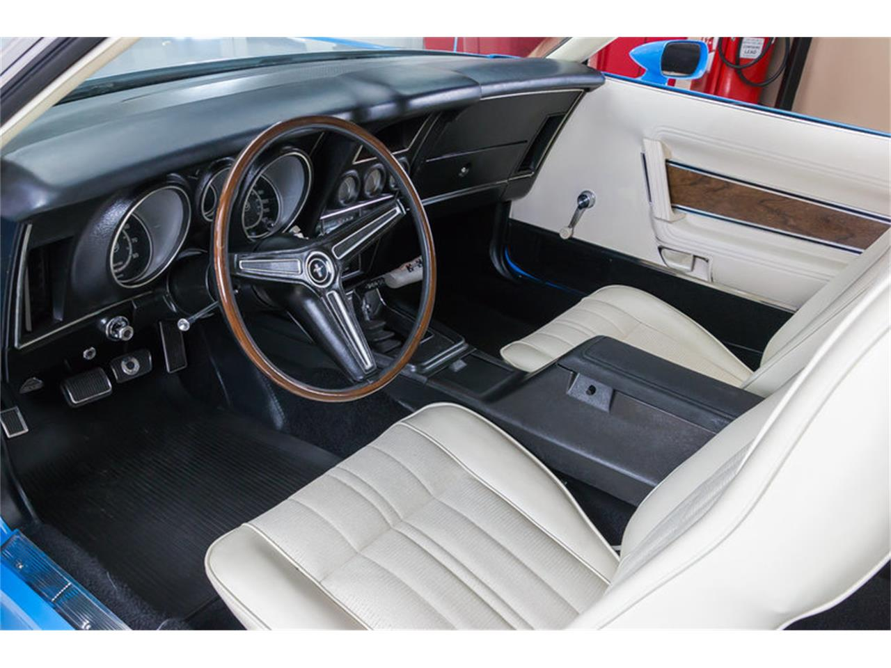 Large Picture of Classic 1971 Ford Mustang located in Michigan Offered by Vanguard Motor Sales - IW4B