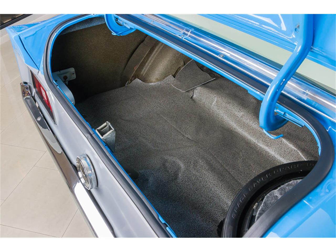 Large Picture of '71 Ford Mustang located in Plymouth Michigan Offered by Vanguard Motor Sales - IW4B