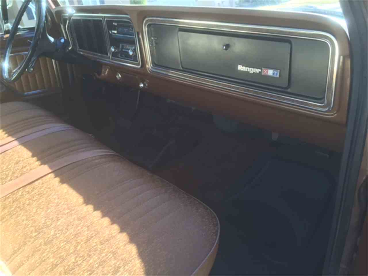 Large Picture of 1974 F350 located in San Mateo California Offered by a Private Seller - IWD7