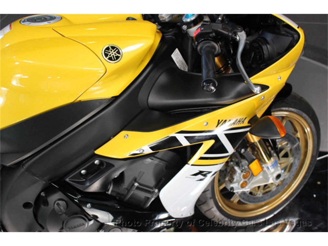 Large Picture of '06 Motorcycle - IWE9
