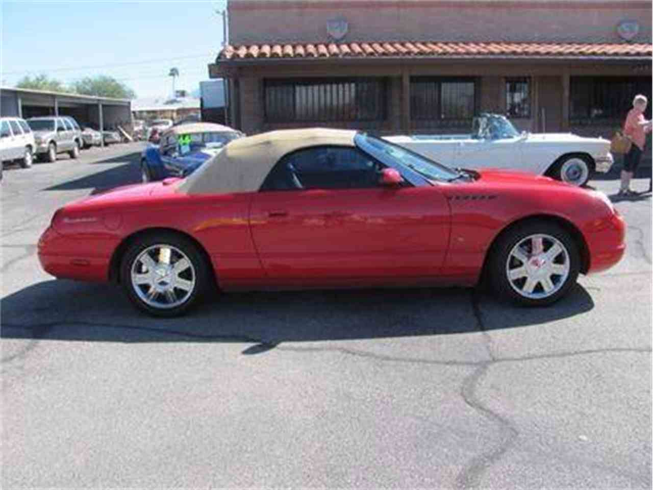 Large Picture of '04 Thunderbird - $15,500.00 - IWX5