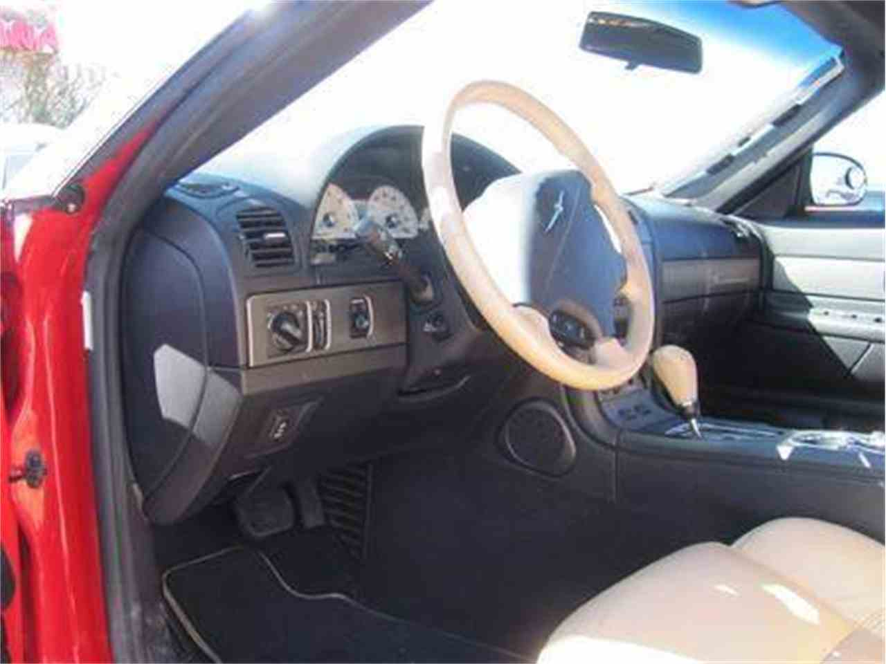 Large Picture of 2004 Ford Thunderbird located in Tucson Arizona Offered by Suburban Motors - IWX5