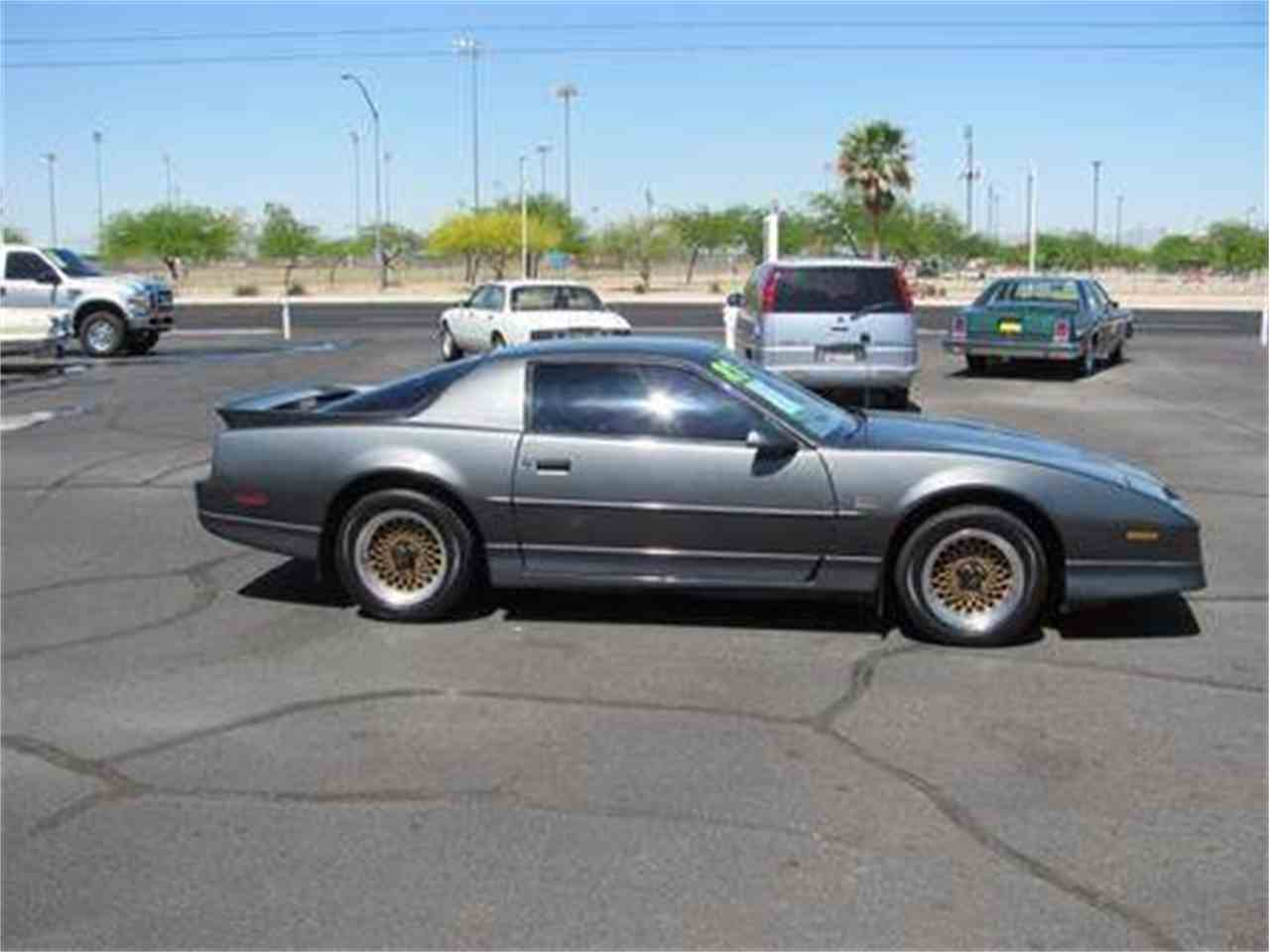 Large Picture of '87 Firebird Trans Am Offered by Suburban Motors - IWX6