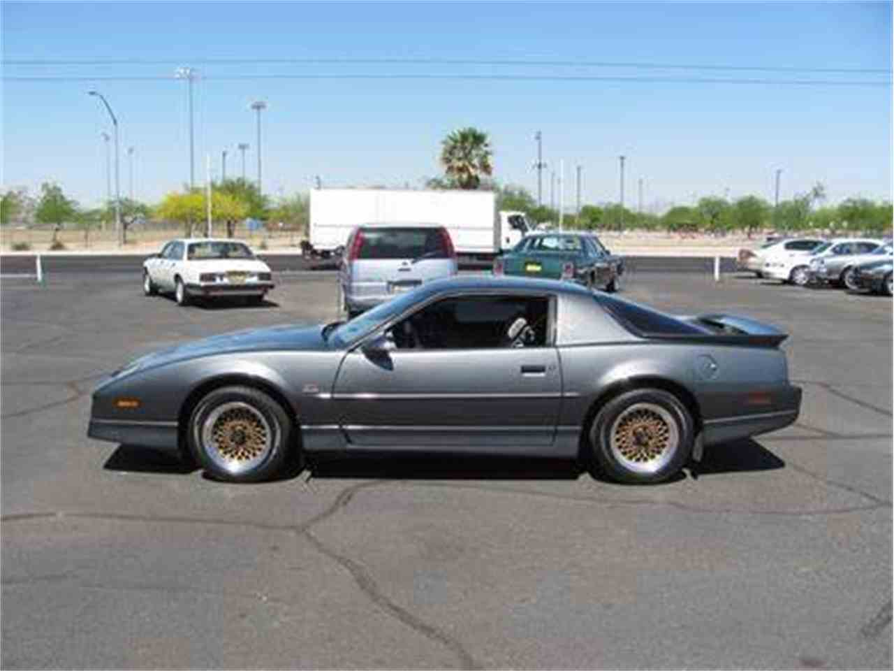 Large Picture of 1987 Pontiac Firebird Trans Am - $14,995.00 Offered by Suburban Motors - IWX6