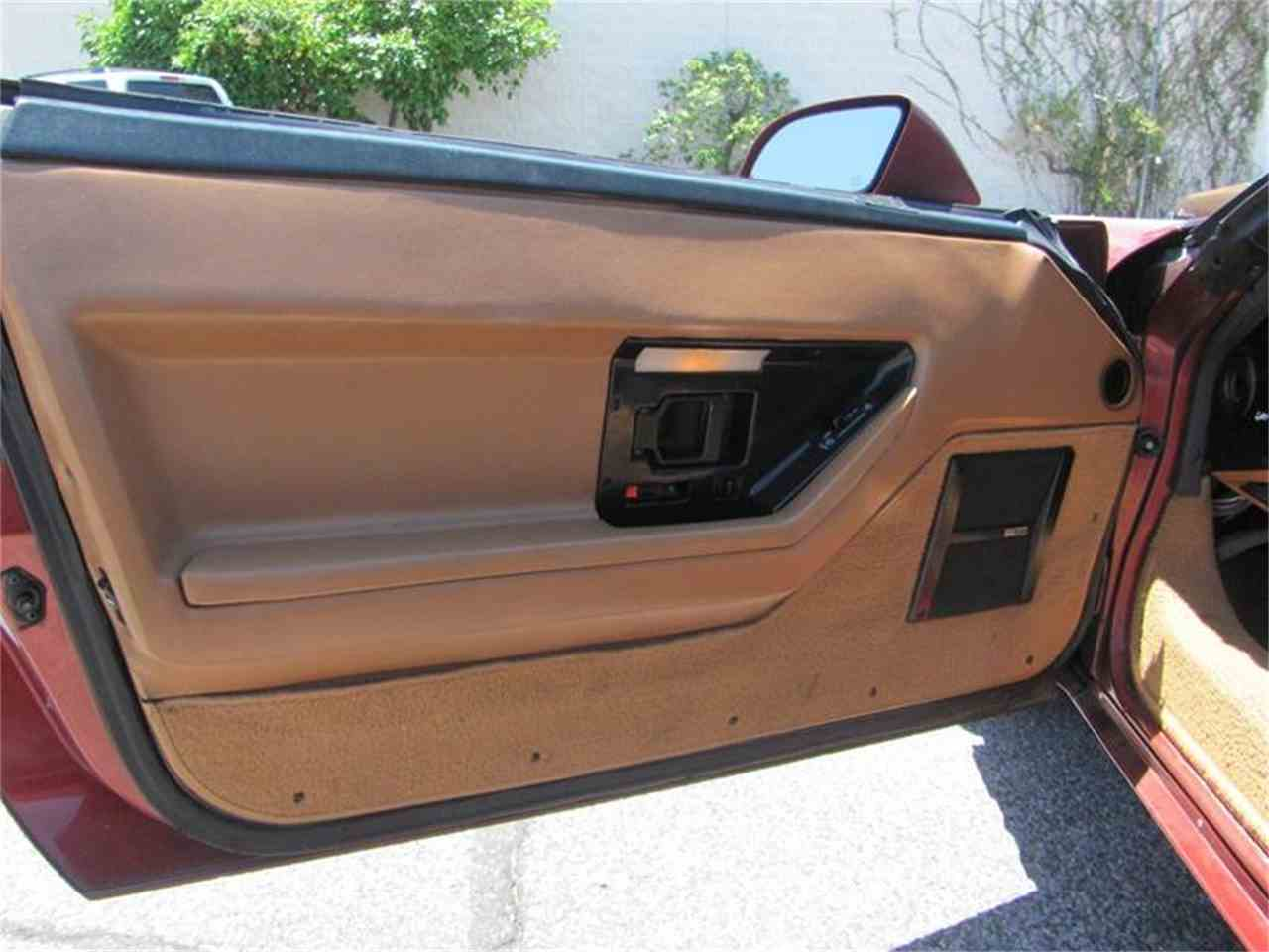 Large Picture of 1988 Chevrolet Corvette - $9,995.00 Offered by Suburban Motors - IWXM