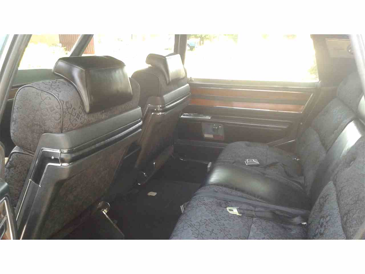 Large Picture of '69 Fleetwood - IWXQ