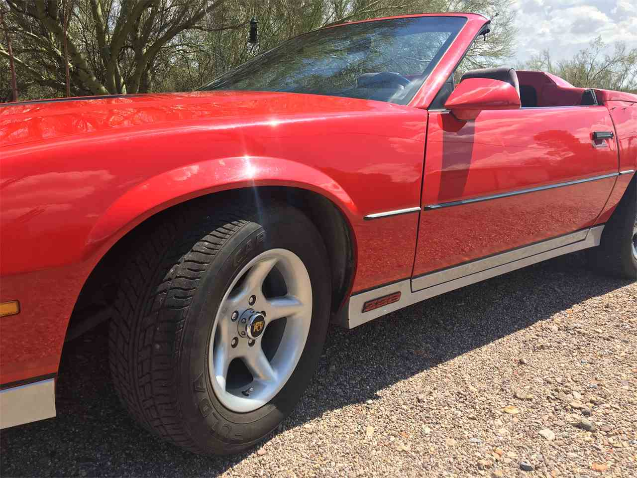 Large Picture of '83 Camaro Z28 - IY5K