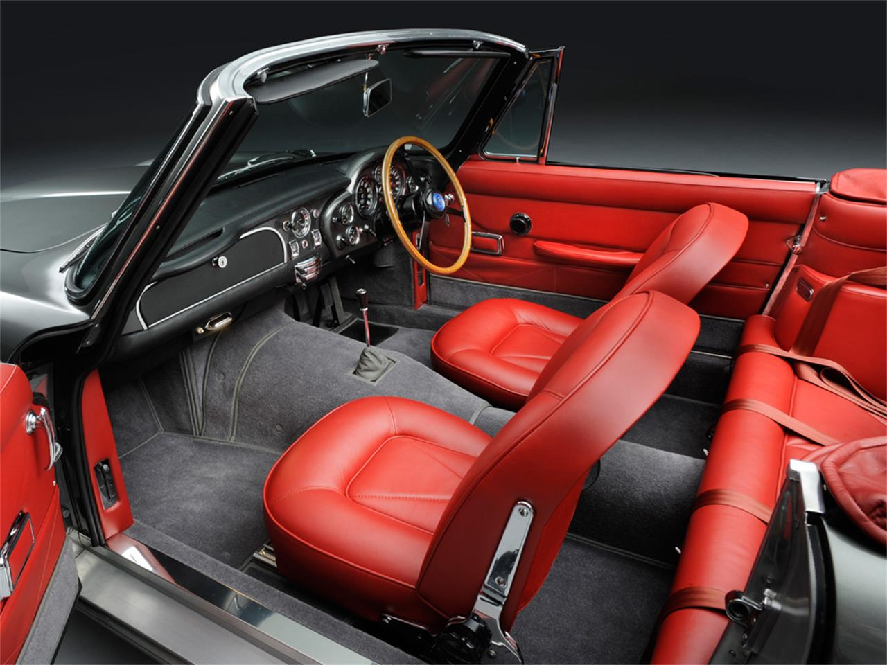 Large Picture of Classic 1967 DB6 MKI Vantage Volante Auction Vehicle Offered by JD Classics LTD - IVCB