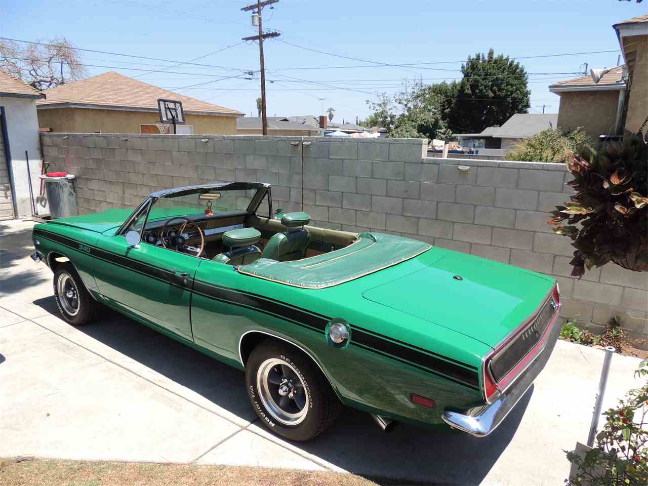 Large Picture of '69 Barracuda - IYI3