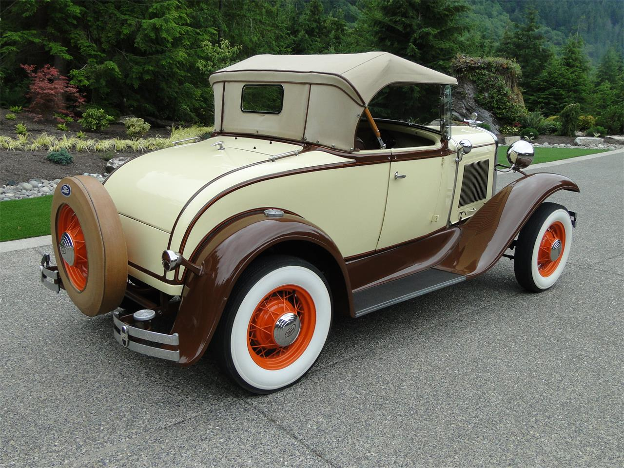Large Picture of '31 Model A - IYIC
