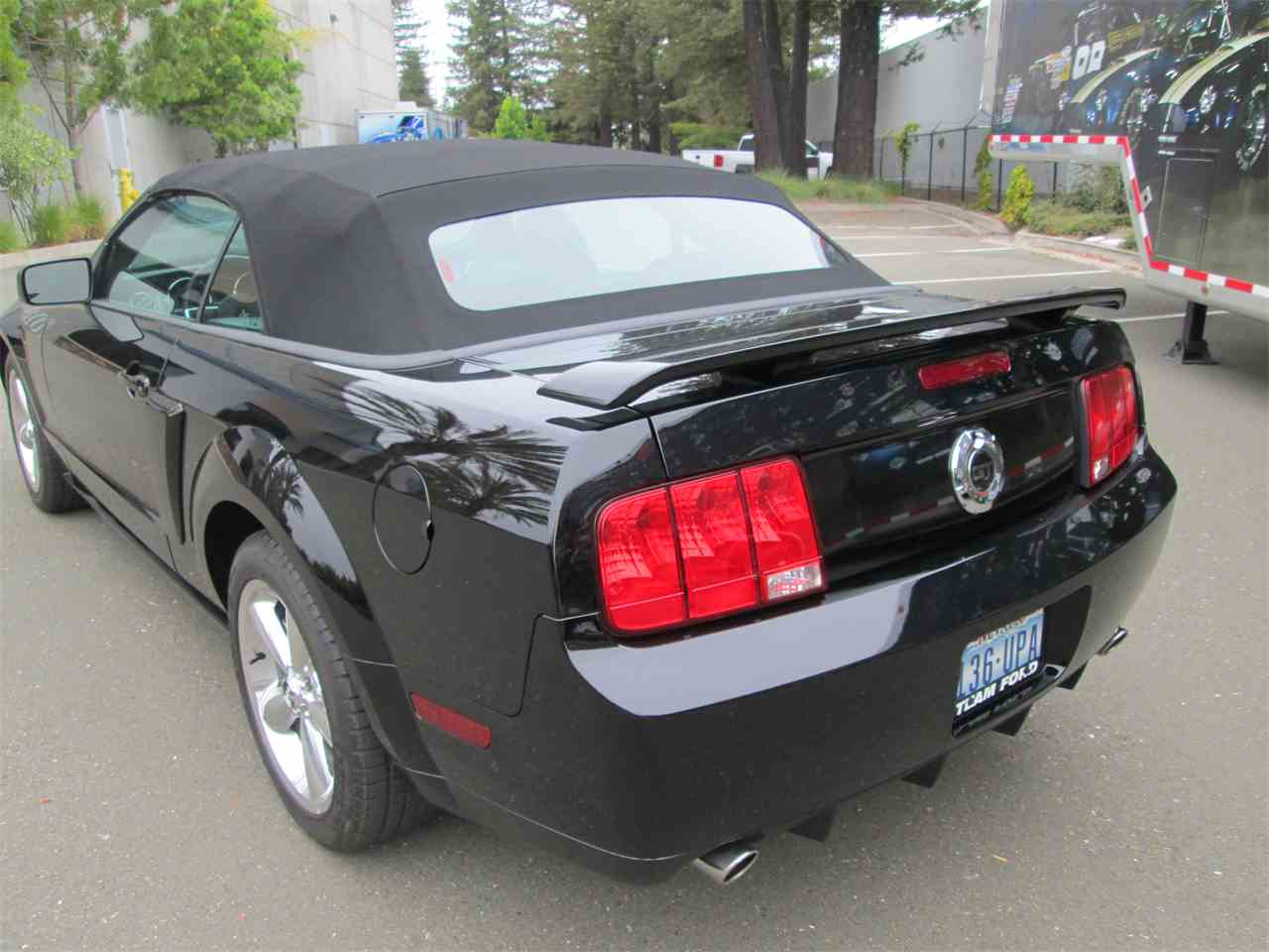 Large Picture of '07 Mustang - IYW6