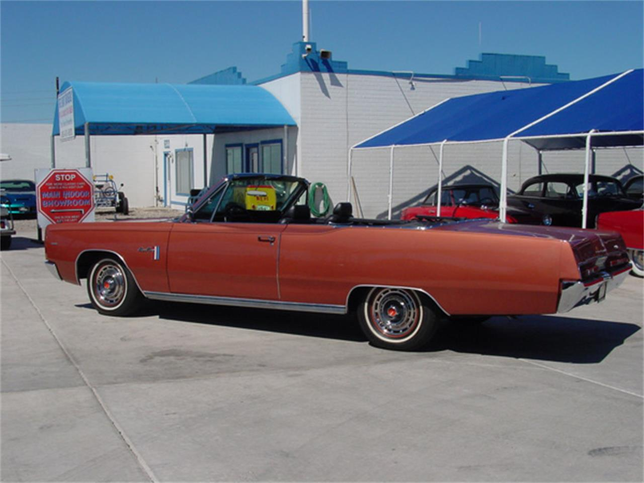 Large Picture of 1967 Sport Fury located in Arizona - IZU5