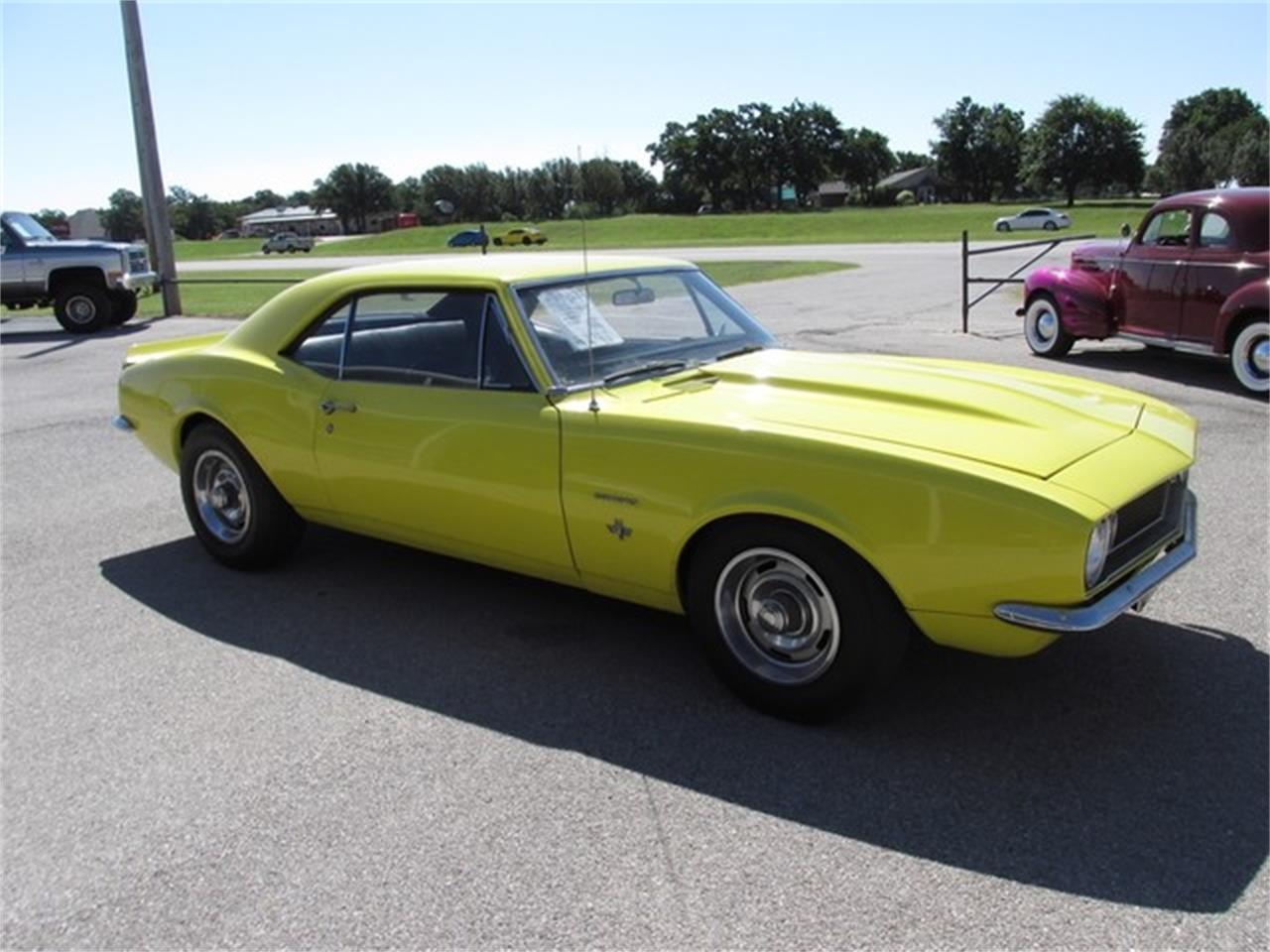Large Picture of '67 Camaro - IZWL