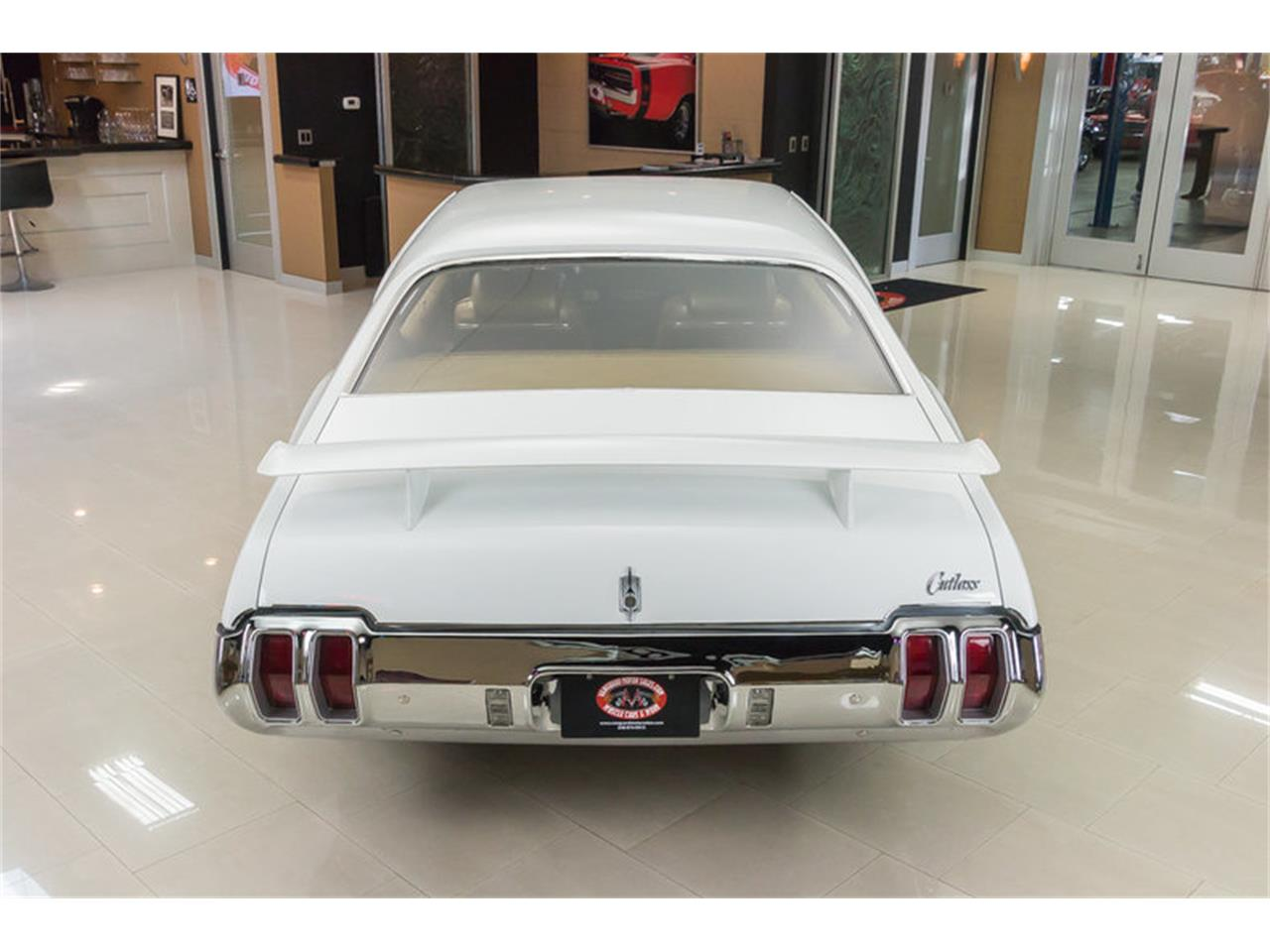 Large Picture of '70 Cutlass - J049