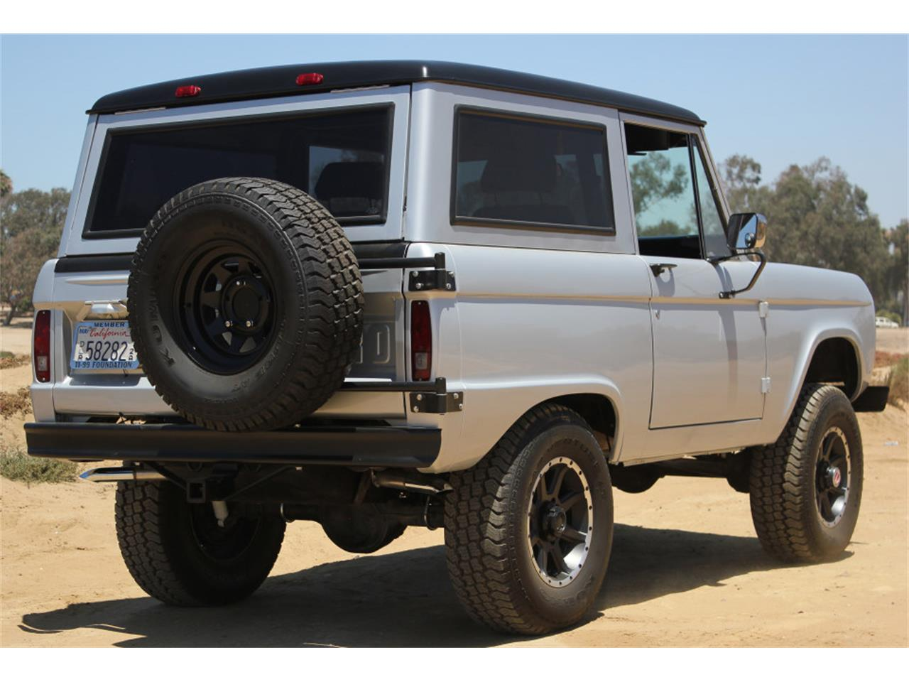 Large Picture of 1969 Bronco Offered by Precious Metals - J04E