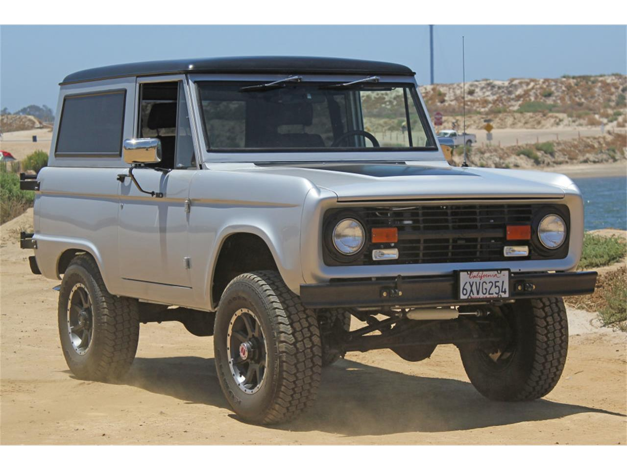 Large Picture of Classic 1969 Bronco located in California Offered by Precious Metals - J04E
