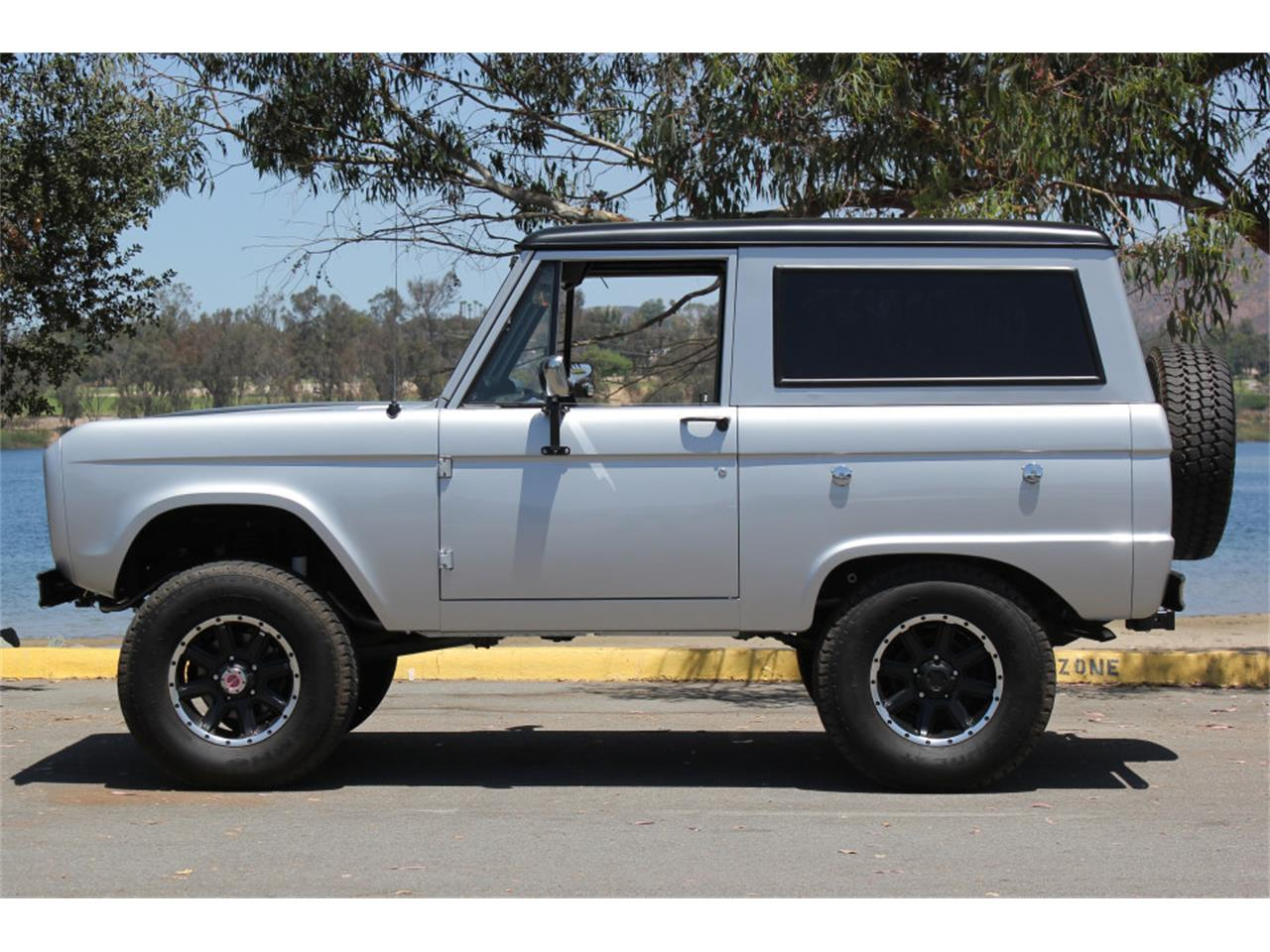 Large Picture of '69 Ford Bronco located in California Offered by Precious Metals - J04E