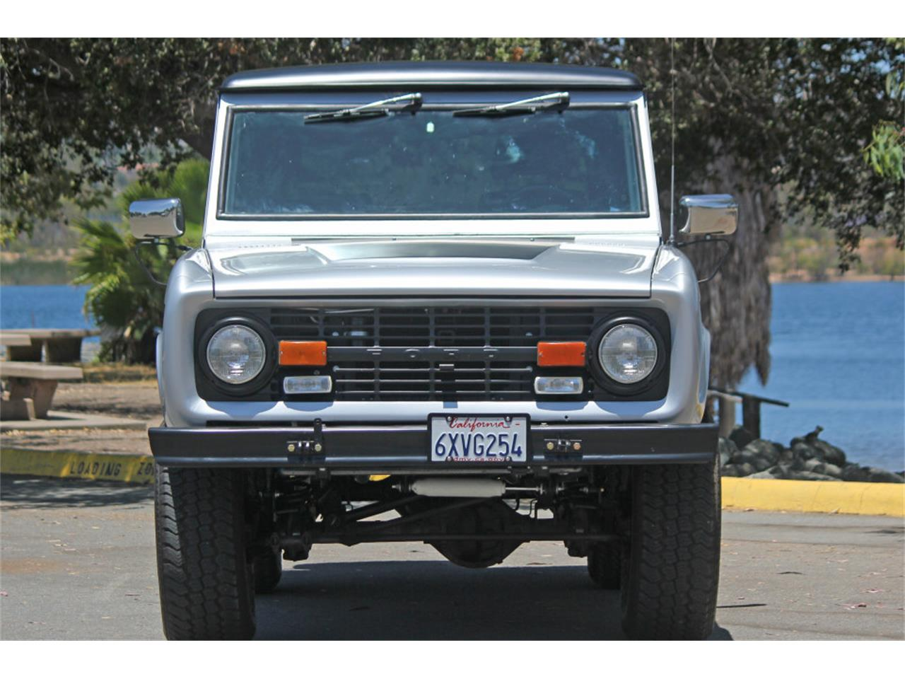 Large Picture of '69 Ford Bronco - $45,900.00 - J04E