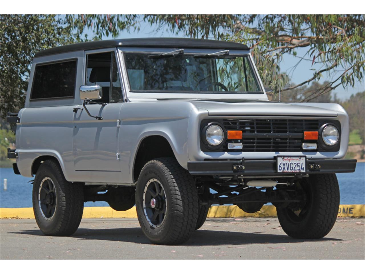 Large Picture of Classic '69 Ford Bronco located in California - $45,900.00 Offered by Precious Metals - J04E