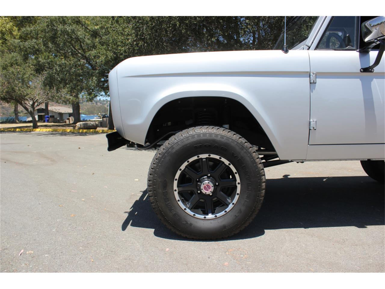 Large Picture of Classic '69 Ford Bronco located in California - J04E