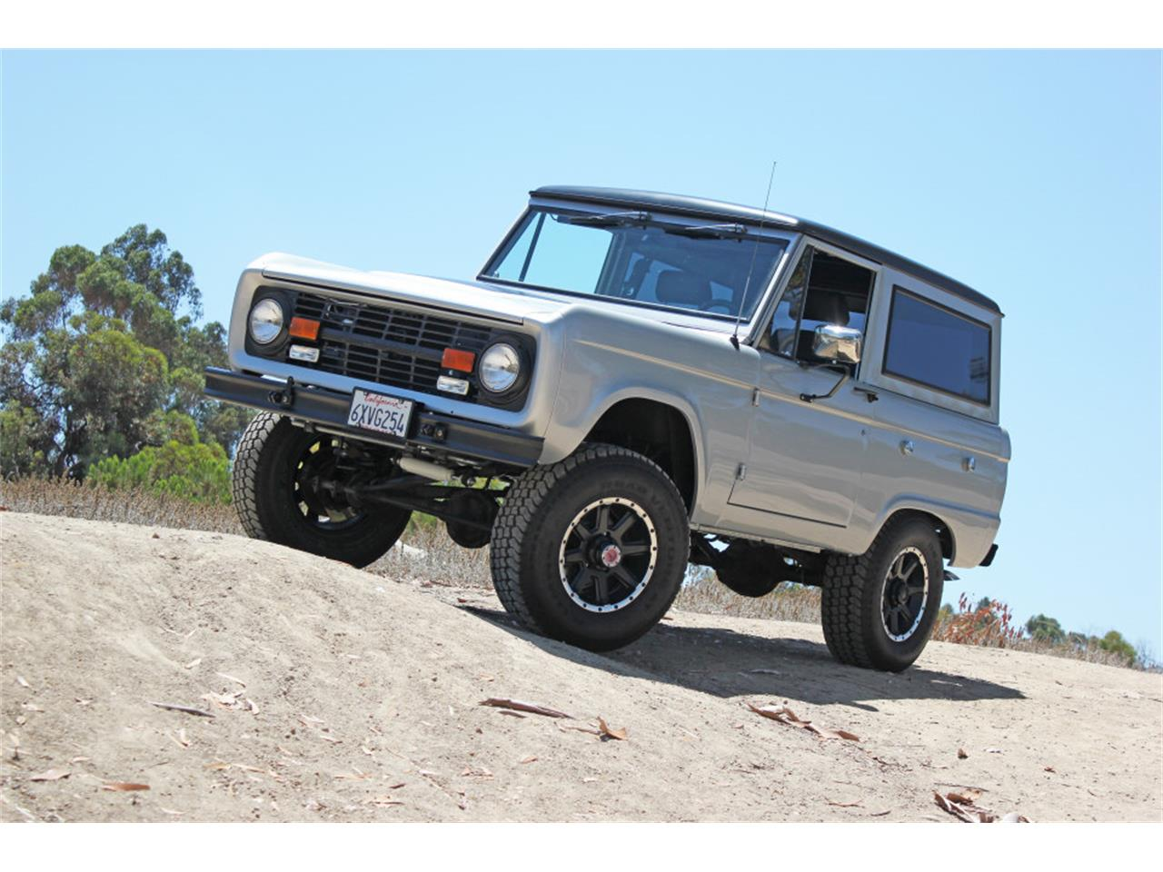 Large Picture of Classic '69 Bronco located in San Diego California Offered by Precious Metals - J04E