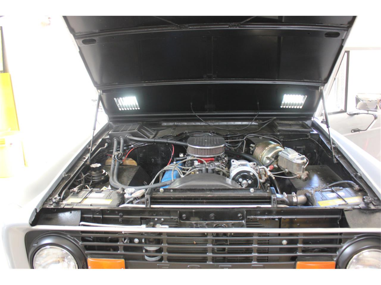Large Picture of '69 Bronco - J04E