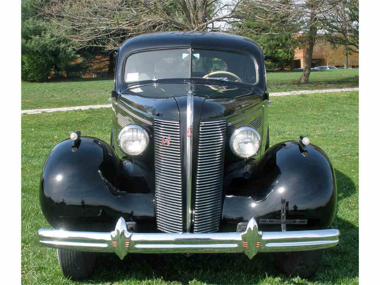 Large Picture of Classic 1937 Buick Roadmaster located in Pennsylvania Offered by Connors Motorcar Company - J04H