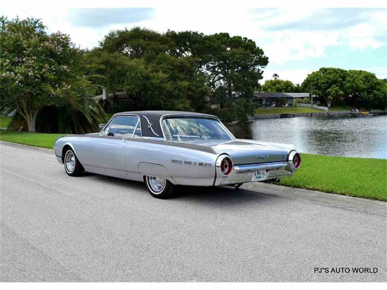Large Picture of 1962 Thunderbird located in Clearwater Florida - J087