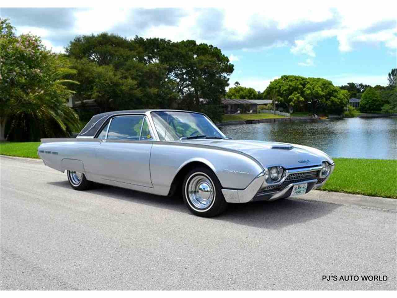 Large Picture of '62 Thunderbird located in Clearwater Florida - J087