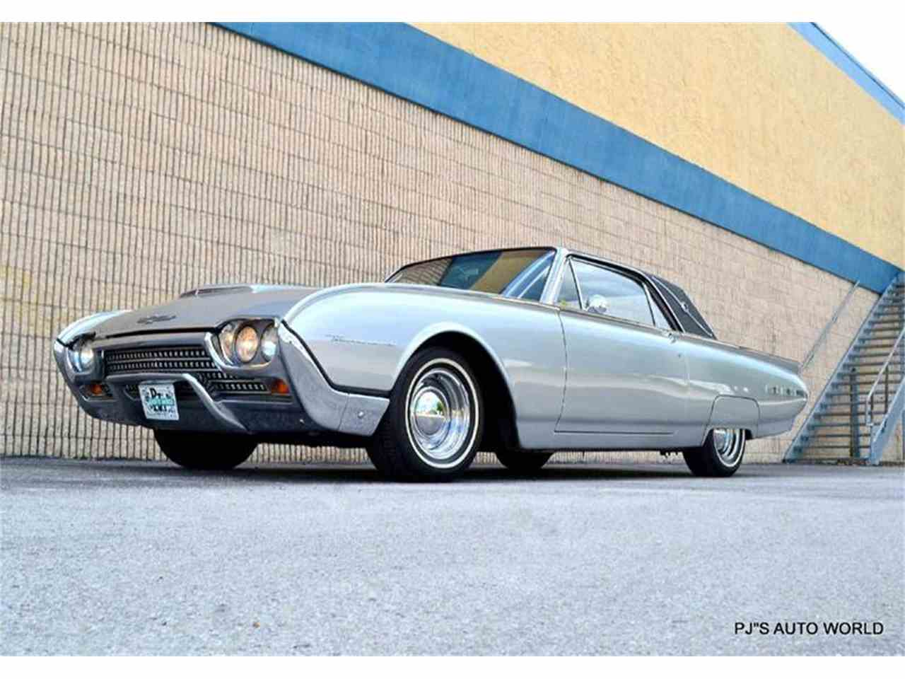 Large Picture of Classic '62 Ford Thunderbird - $21,900.00 - J087