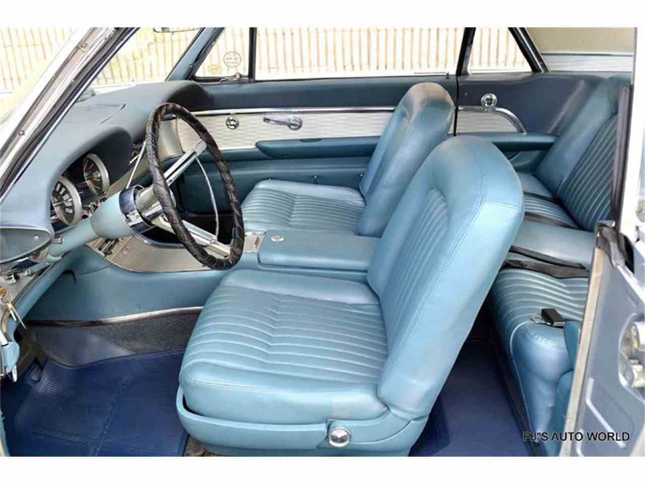 Large Picture of Classic 1962 Thunderbird located in Clearwater Florida - $21,900.00 - J087