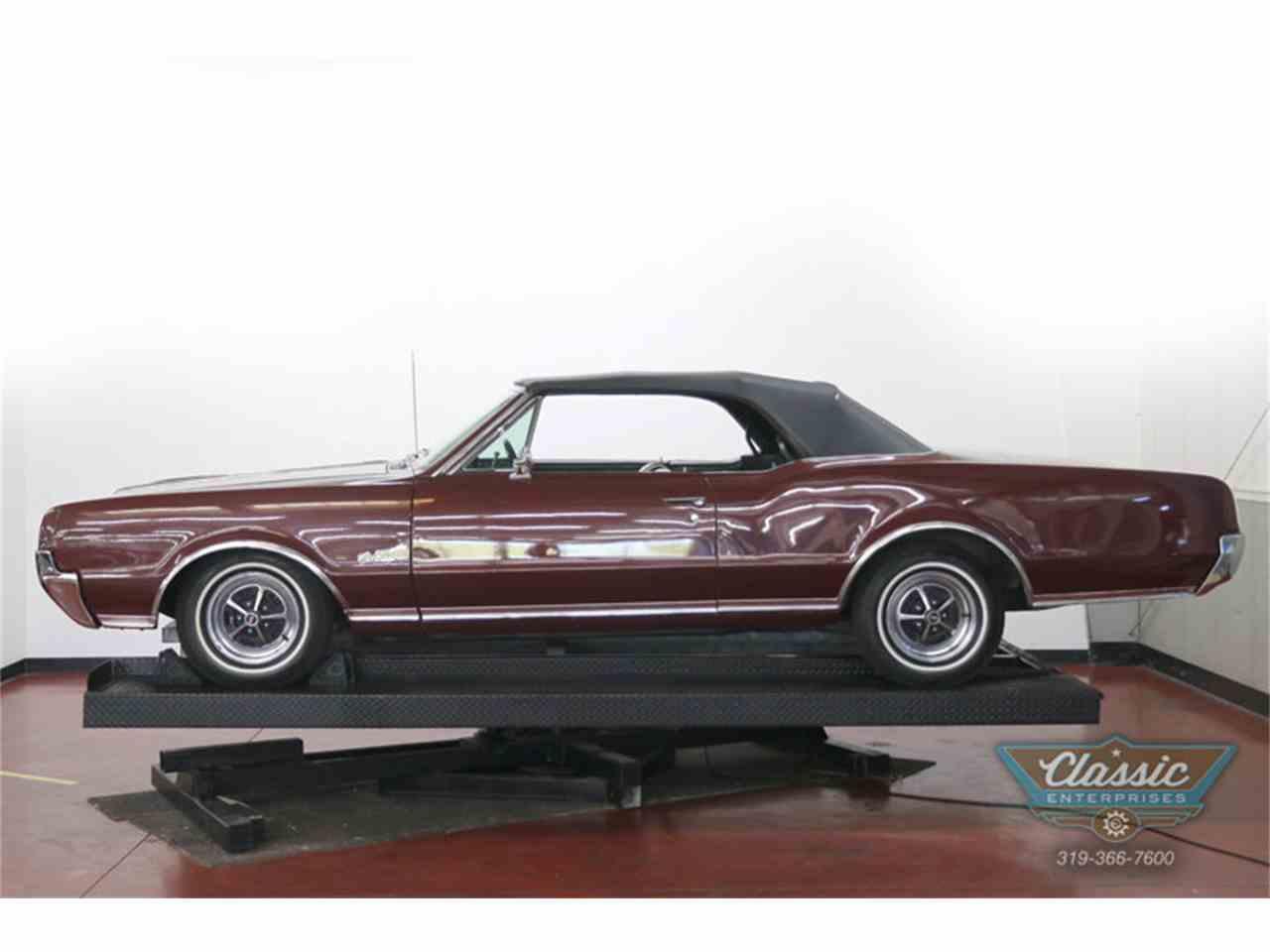 Large Picture of '67 Cutlass Supreme - J0QO
