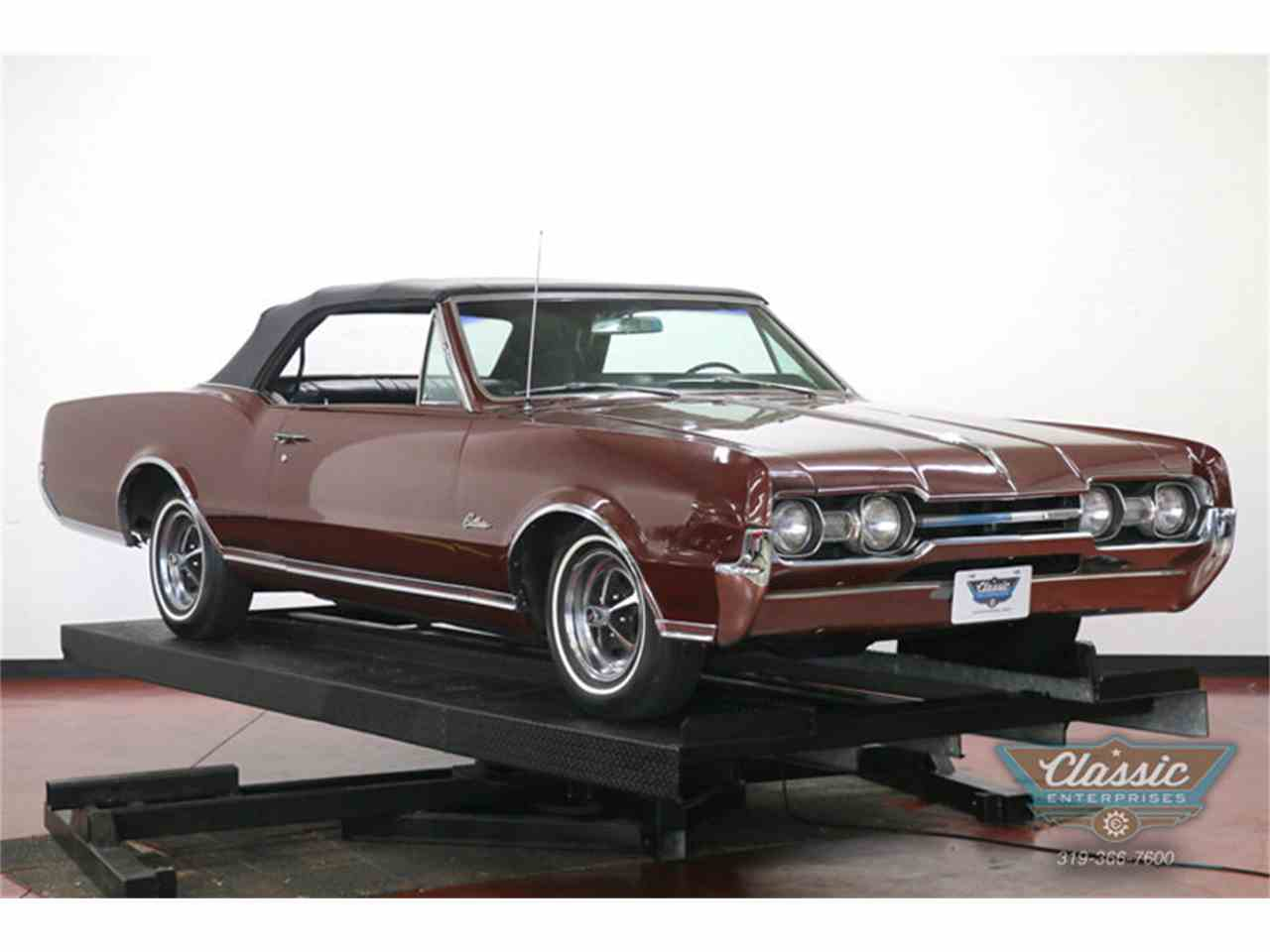 Large Picture of '67 Cutlass Supreme - J0QO