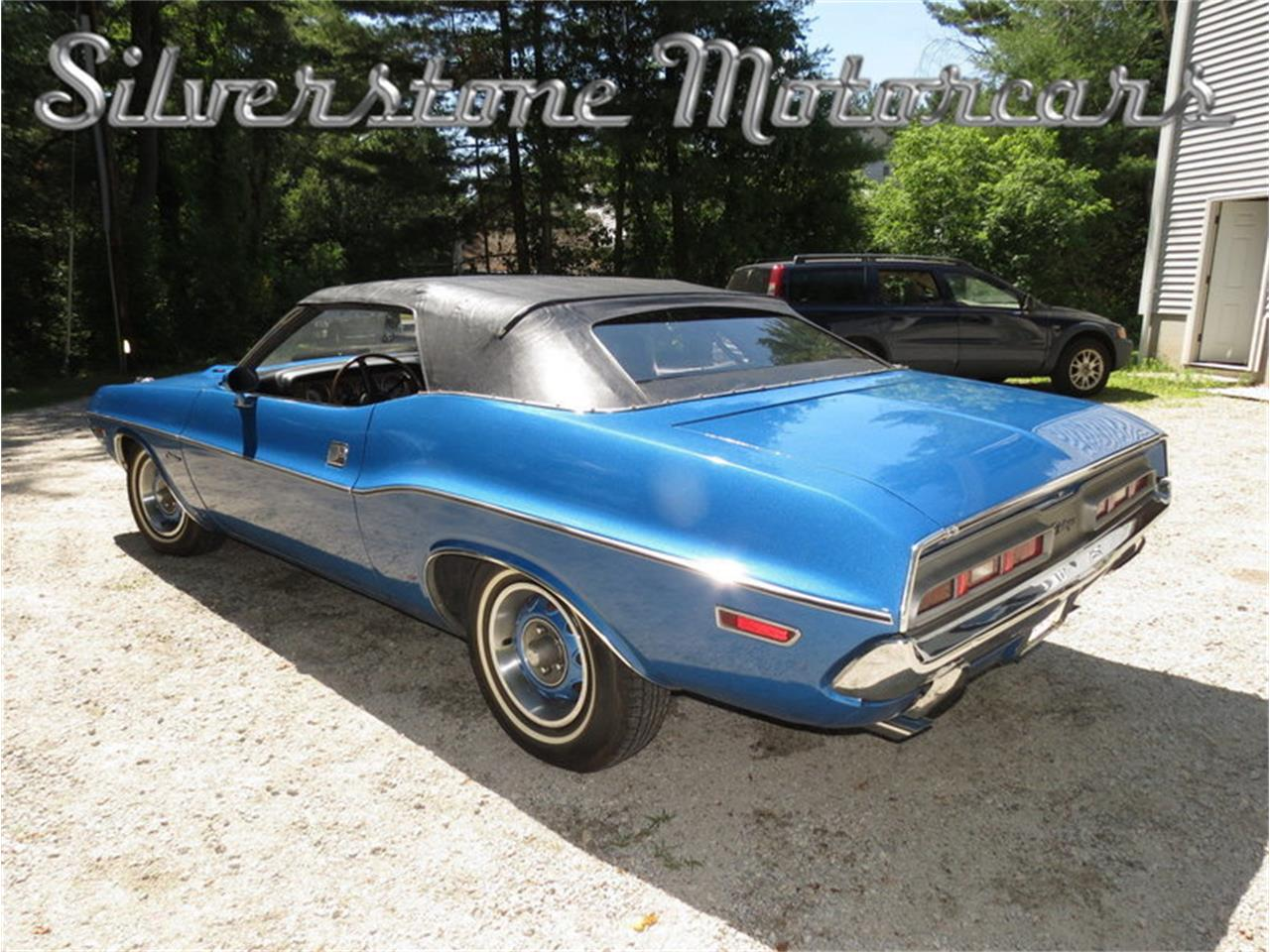 Large Picture of 1971 Dodge Challenger located in Massachusetts Offered by Silverstone Motorcars - J0QS