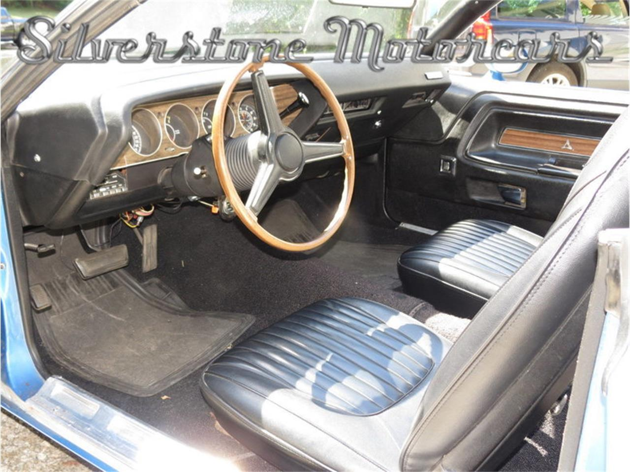 Large Picture of 1971 Dodge Challenger located in Massachusetts - $45,900.00 Offered by Silverstone Motorcars - J0QS