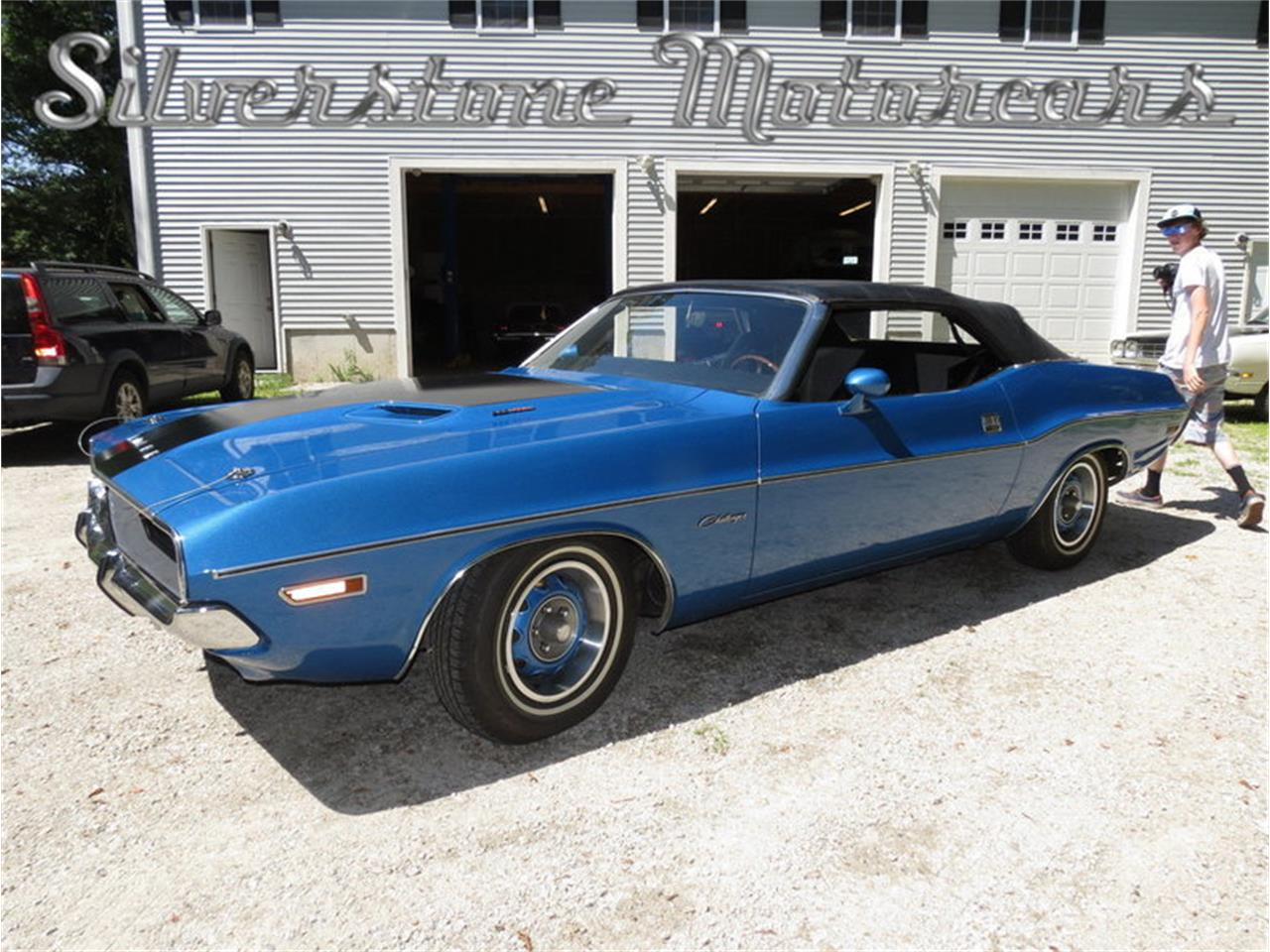 Large Picture of Classic '71 Dodge Challenger Offered by Silverstone Motorcars - J0QS