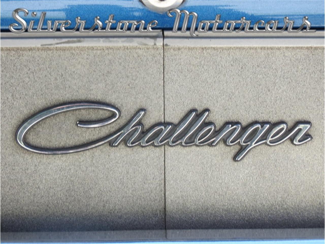 Large Picture of Classic '71 Challenger Offered by Silverstone Motorcars - J0QS