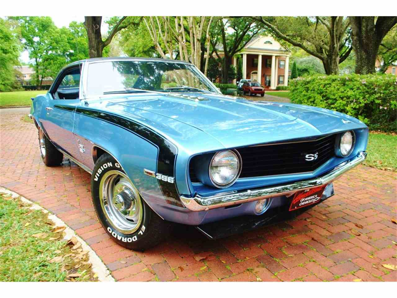 Large Picture of Classic '69 Camaro located in Florida Offered by Primo Classic International LLC - J0SR