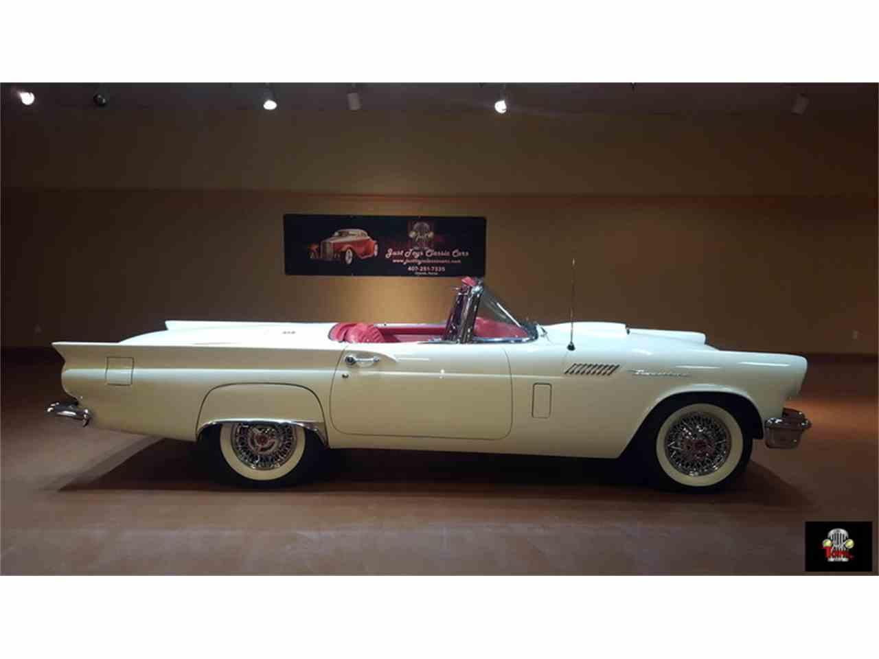 Large Picture of '57 Thunderbird - J0YU