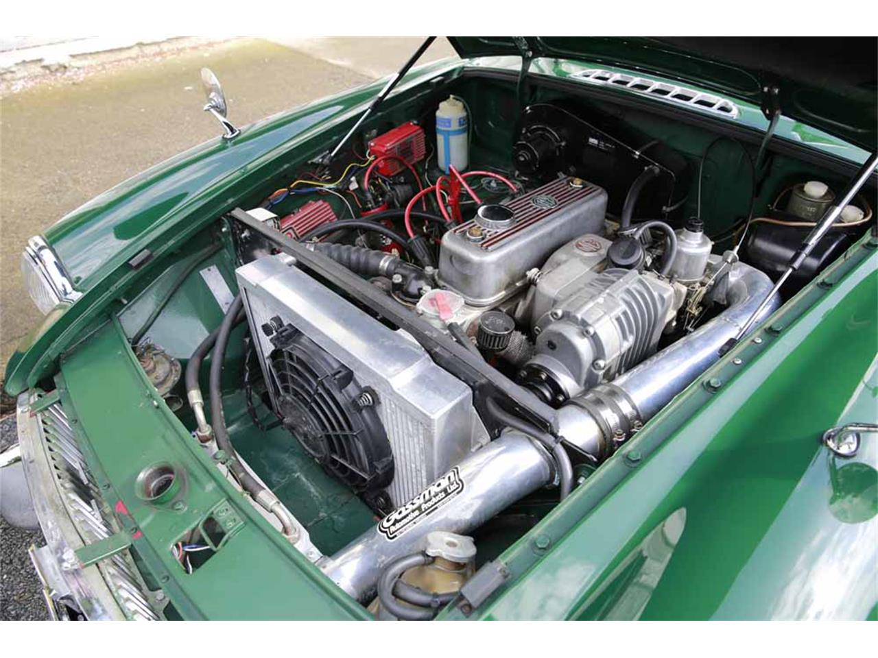 Large Picture of Classic 1965 MG MGB located in Virginia Auction Vehicle Offered by Gassman Automotive - J14W
