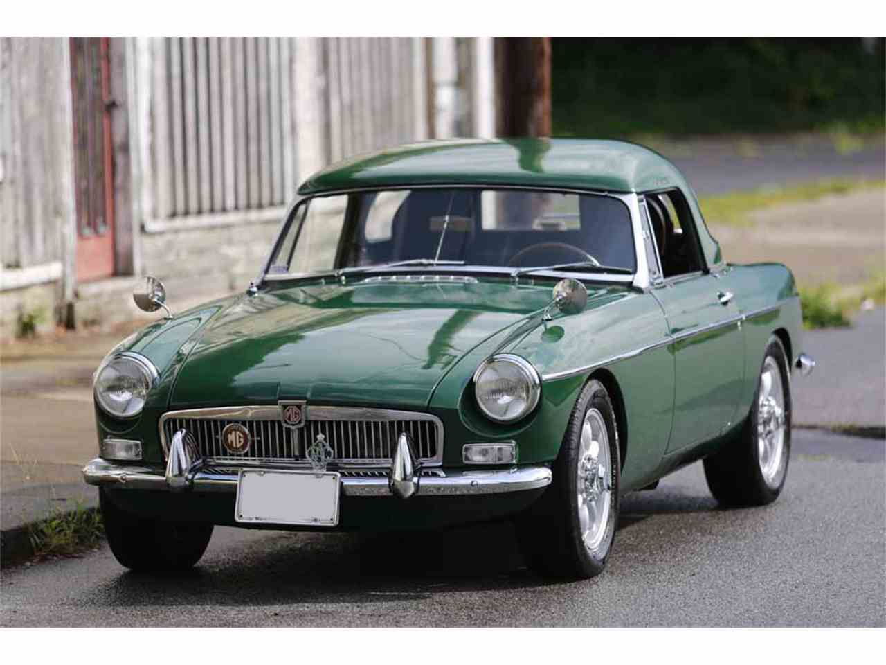Large Picture of '65 MGB Auction Vehicle - J14W