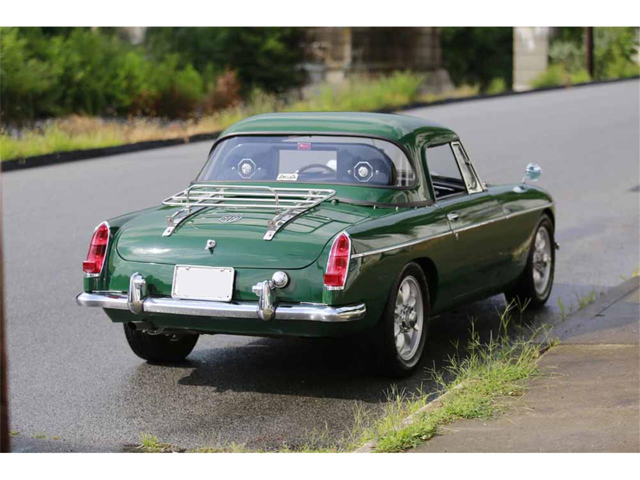 Large Picture of 1965 MG MGB Auction Vehicle Offered by Gassman Automotive - J14W